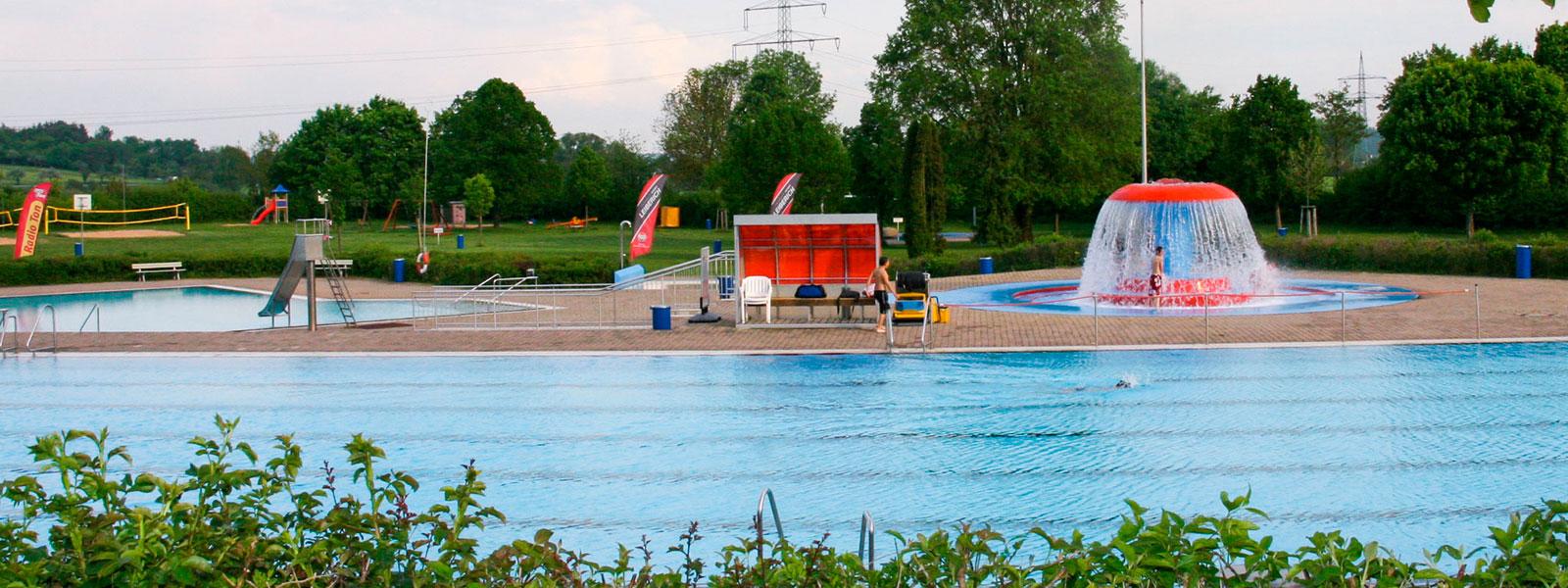 Freibad Crailsheim Außenbeckenbereich
